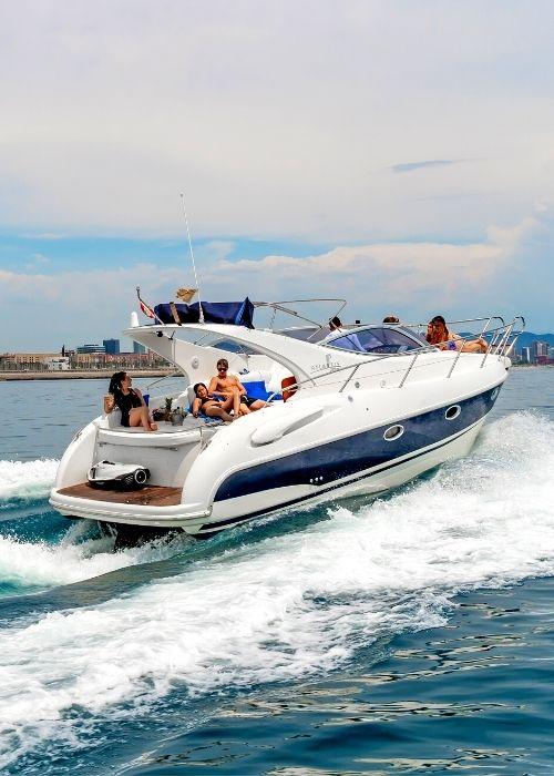 Rent Gobbi Atlantis 315 Yacht Charter 2h up to 9 people Barcelona