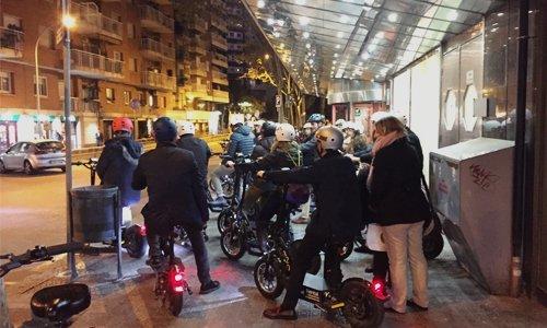 Tour en Barcelona con patinetes eléctricos