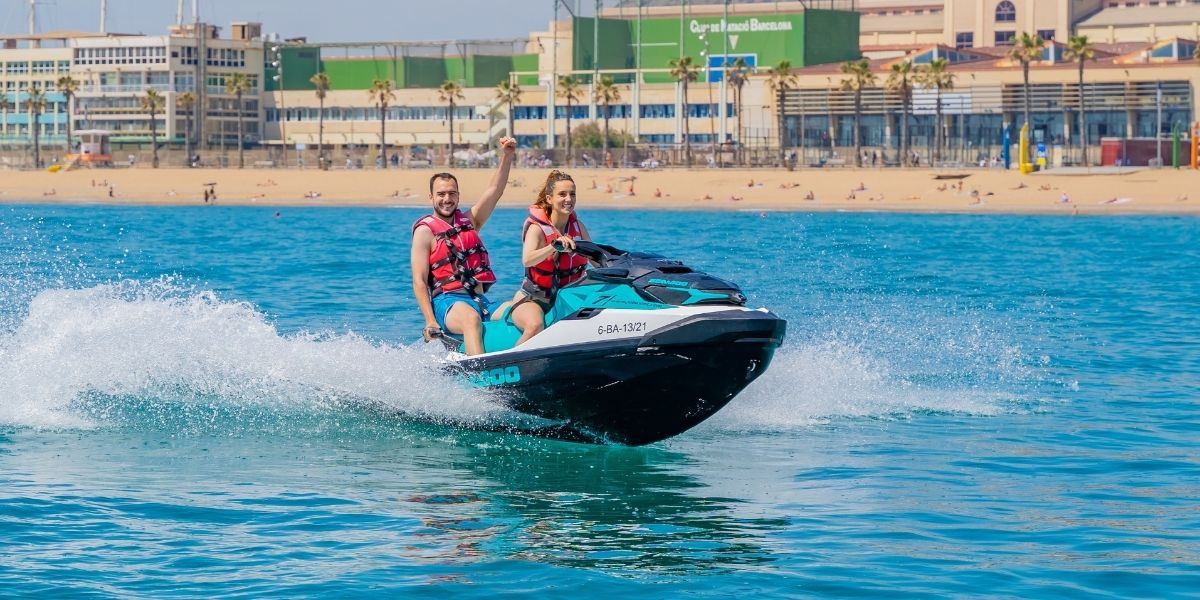 Drive a jet ski without license in Barcelona