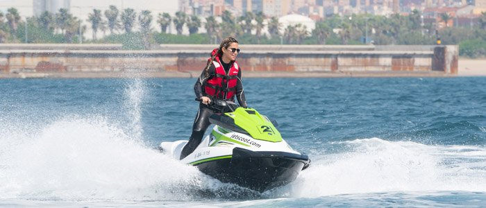 Rent a jet ski with license in Barcelonan and take benefit all the advantatges